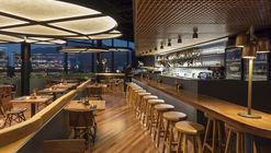 Adega Santiago Restaurant / Bernardes Arquitetura