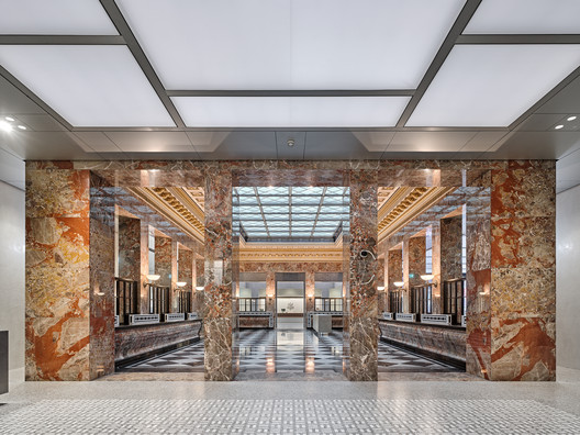 UBS Headquarters Refurbishment / EM2N
