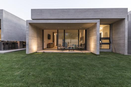 Casa U / Andres Nuñez Fuenzalida Arquitectos