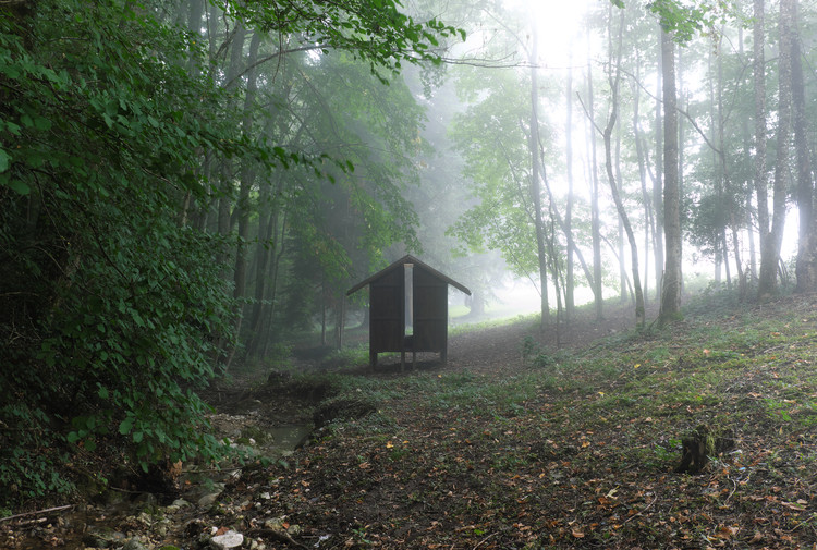 Hut of Silver Chapel / KUMA & ELSA, © Shohei Kuma
