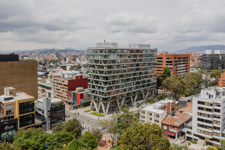 Building 8111 / taller de arquitectura de bogotá, © Alejandro Arango
