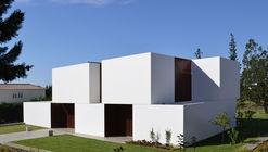 Casa en Belas Club de Campo / GGLL atelier