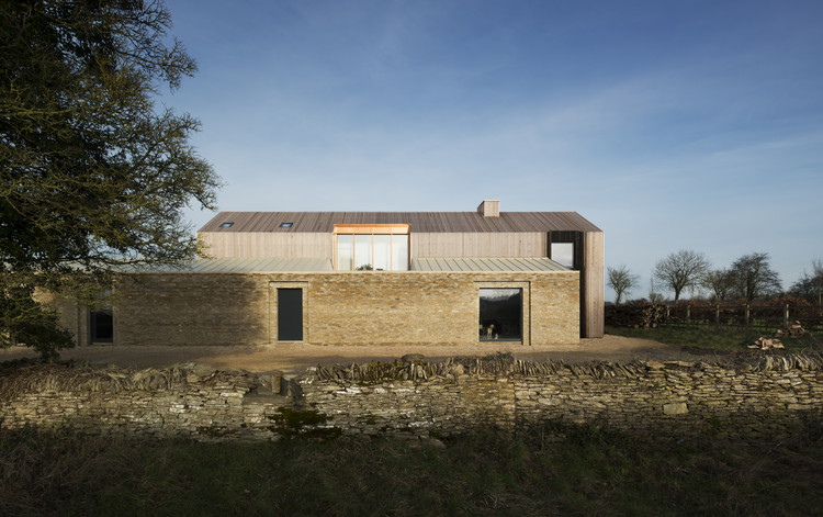 Long House / Bureau de Change Architects | ArchDaily
