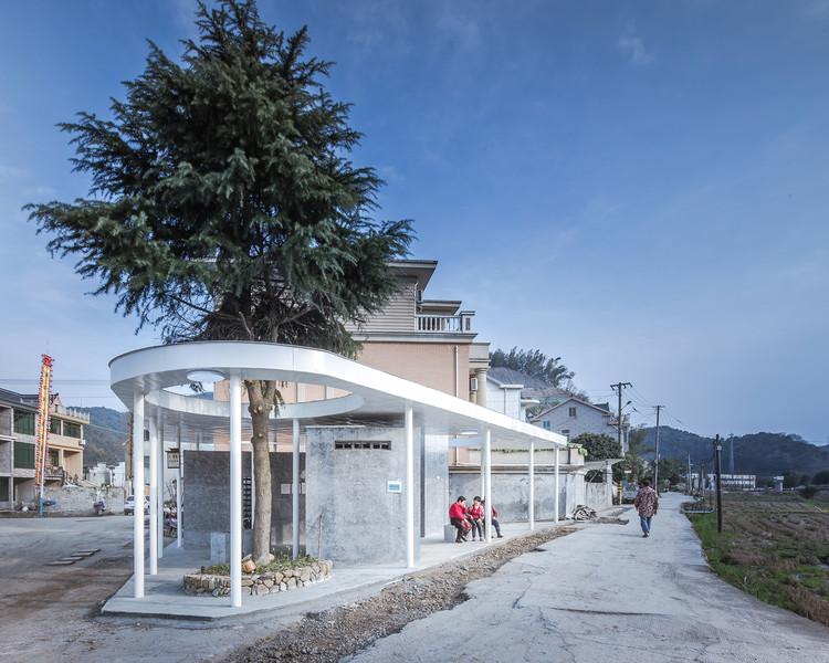 Public Toilet at Sanchakou / Shulin Architectural Design, © Yilong Zhao
