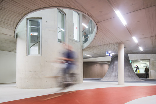 Bicycle Parking / Ector Hoogstad Architecten