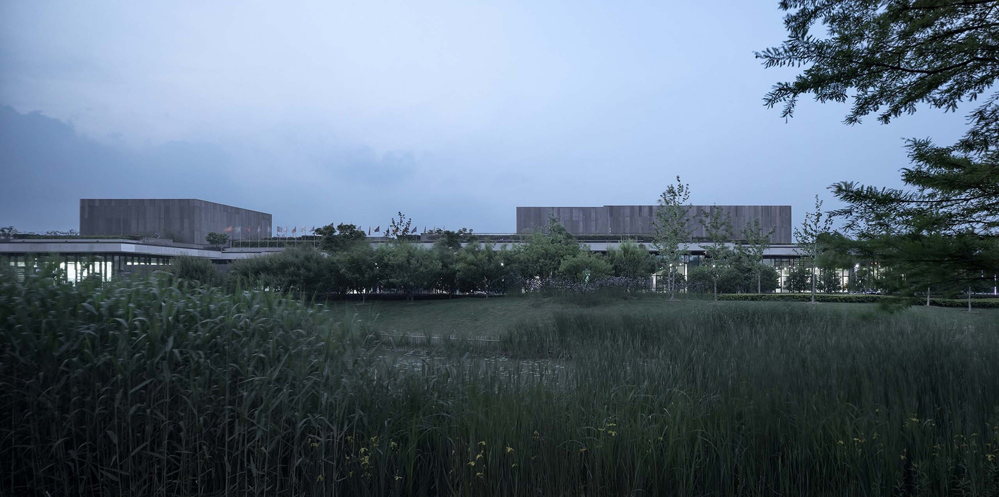 Cyrus Tang Foundation Center / UAD