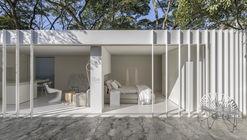 Casa contenedor / Marilia Pellegrini Arquitetura