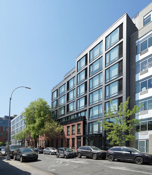 Edifício na rua 100 Steuben / AB Architekten