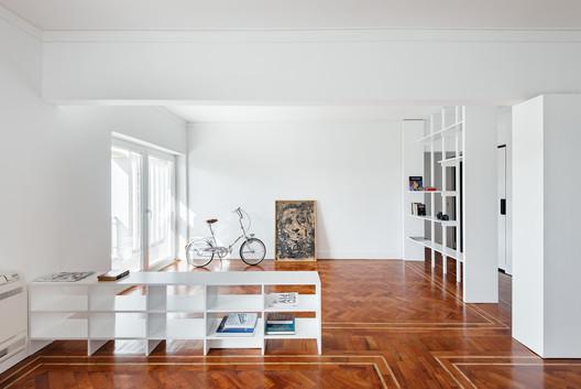 Apartment in Restelo / Atelier 106