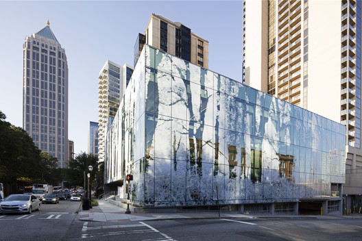 Sede Interface / Perkins+Will