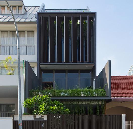 Casa en Joo Hong Road / Lim Chai Boon