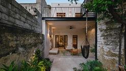 Casa Deco / Taller Mexicano de Arquitectura