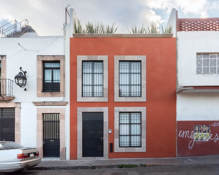 Cervantes House / Muro Taller de Arquitectura, © Cesar Manuel Belio Leal