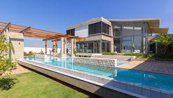 Julieta House / Steck Arquitetura