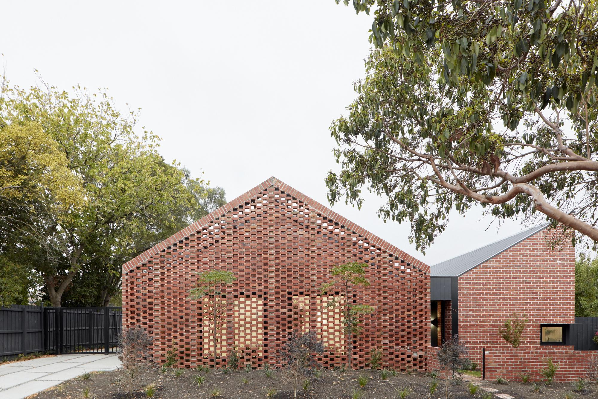 Bardolph Gardens / Breathe Architecture
