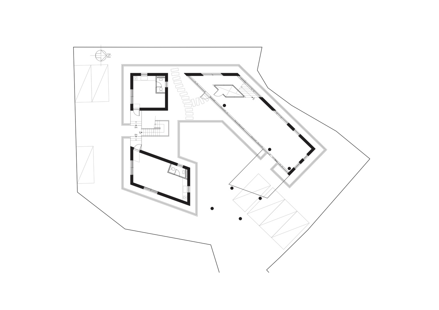 Gallery of Pentagon Commercial Building / ON Architects - 34