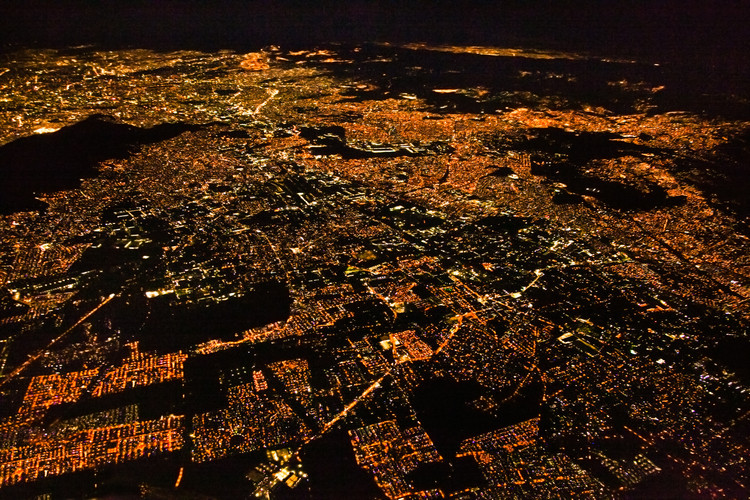 How to Achieve a Resilient City? First, Let it Shape Itself, Night panoramic view of Mexico City, Mexico. Image © Aleksandar Todorovic