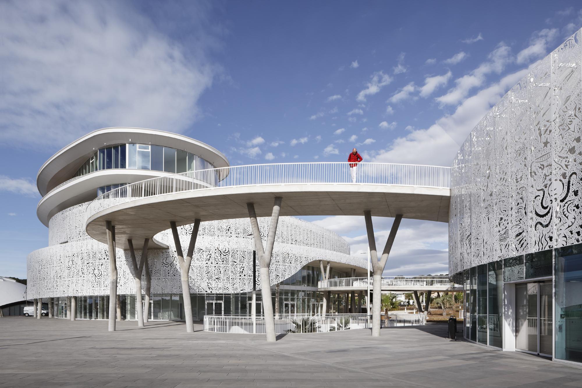 Atelier D Architecture Hervé Vincent palais des congrès & casino cap d'agde / a+architecture