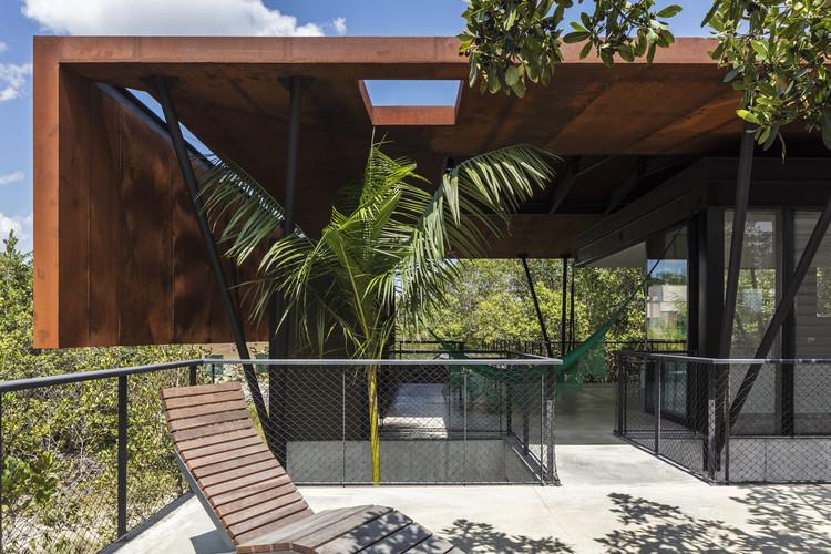 Casa Campinarana / Laurent Troost Architectures, © Leonardo Finotti