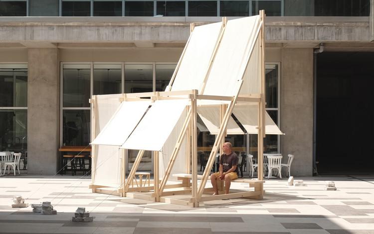 Geçit Wooden Pavilion / IEU Faculty of Fine Arts and Design Workshop, © Sebastian Erazo