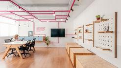 Ana Holanda's Office / Studio dLux