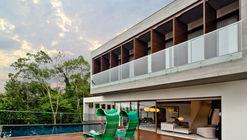 Casa Alto do Glória / Tufi Mousse Arquitetura