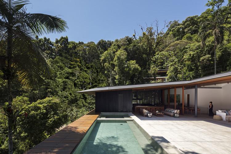 MH House / Jacobsen Arquitetura, © Leonardo Finotti