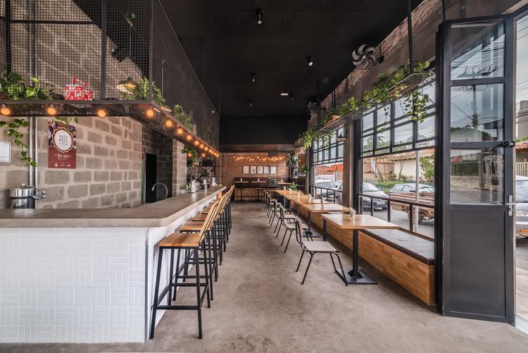 Jolly Gastro Lab Bar / Laje 54 Arquitetura, © Levi Mori