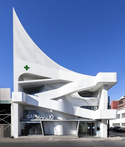 Mole Pharmacy / KLab architecture, © Mariana Bisti
