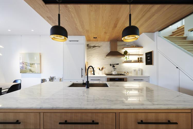 © Robert Watson Photography. ImageCurvy Eco Home / Craig Race Architecture