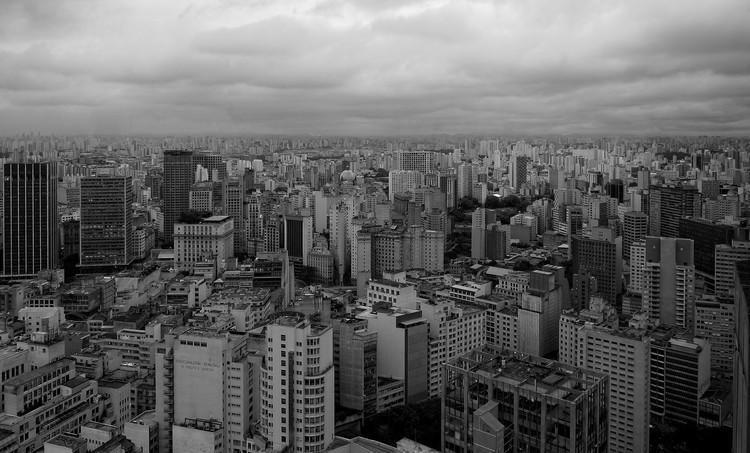 OAB, IAB E IBDU: Retrocesso na Política Urbana Brasileira, hermenpaca - CC BY-SA. Image via Visual Hunt