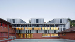Escuela infantil Altzaga / azab