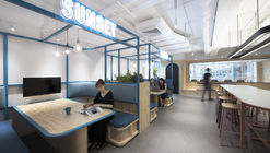 Layered Frames Workplace / Bean Buro
