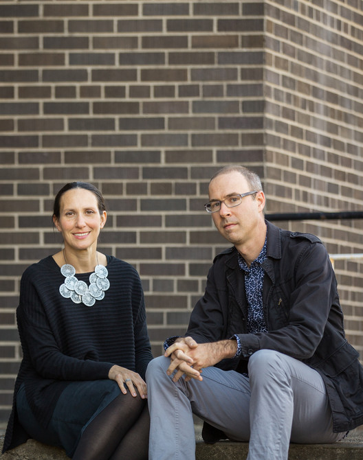 Arquitetura, Território e Meio Ambiente, Lola Sheppard e Mason White, sócios do escritório Lateral Office