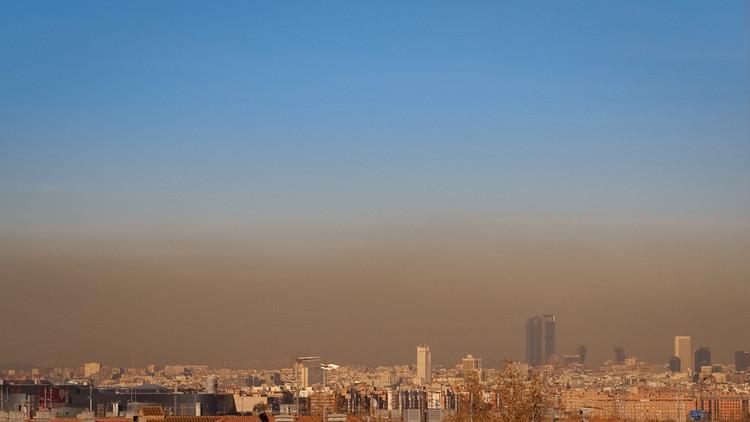 Los arquitectos españoles declaran emergencia climática y ambiental, Ciudad de Madrid. Image © Flickr user: scambelo_delete Licensed under CC BY-SA 2.0