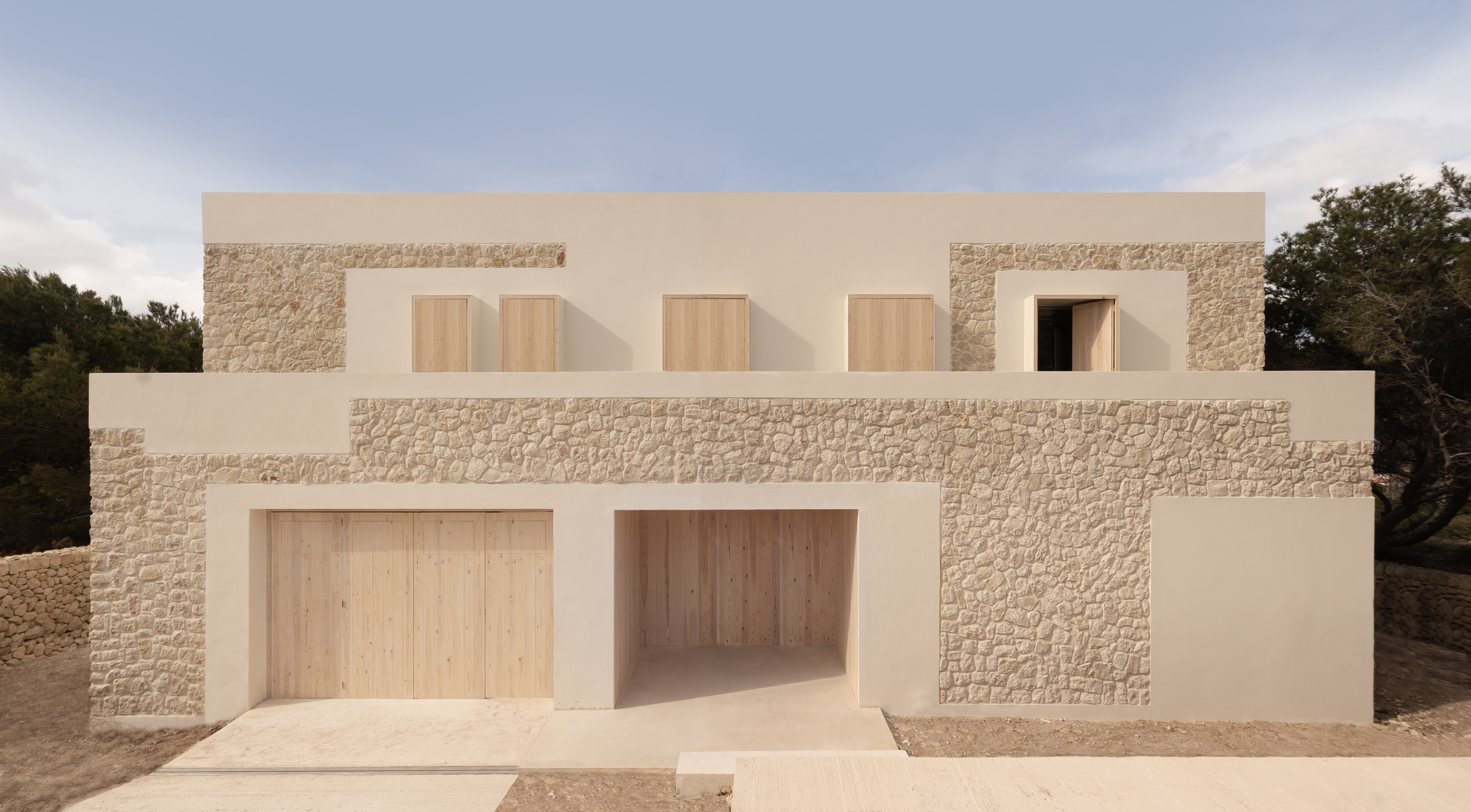 Stone House / NOMO STUDIO