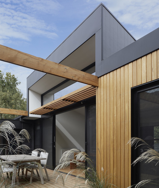 Hawthorn Villa / McManus Lew Architects