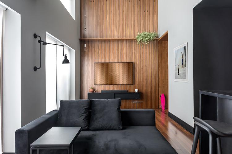 Loft Batel / Giuliano Marchiorato Arquitetos, © Eduardo Macarios