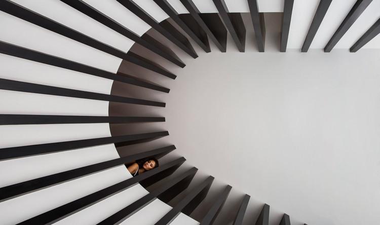 Parallel House / Studio Guilherme Torres, © Denilson Machado – MCA Estúdio