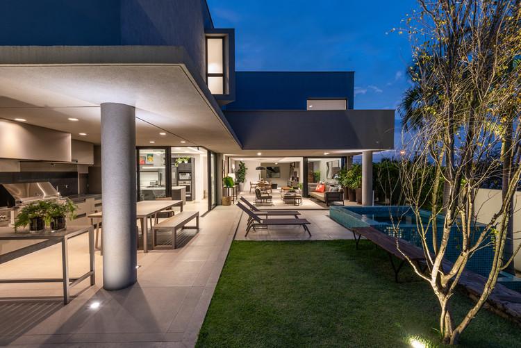 Casa Quadra / Celso Laetano Arquitetura, © Favaro Jr.