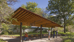 Tucson Audubon's Paton Center for Hummingbird's Wildlife Pavilion / DUST