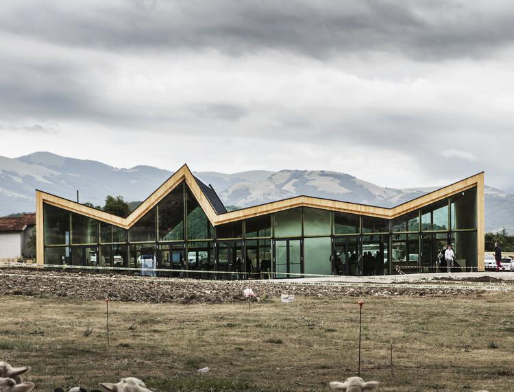 Multipurpose and Civil Protection Center of Norcia / Stefano Boeri Architetti, © Giovanni Nardi