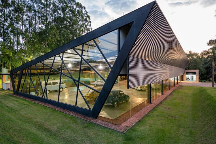 Garagem do Colecionador / HAUS Arquitetura e Incorporação, © Favaro Jr.