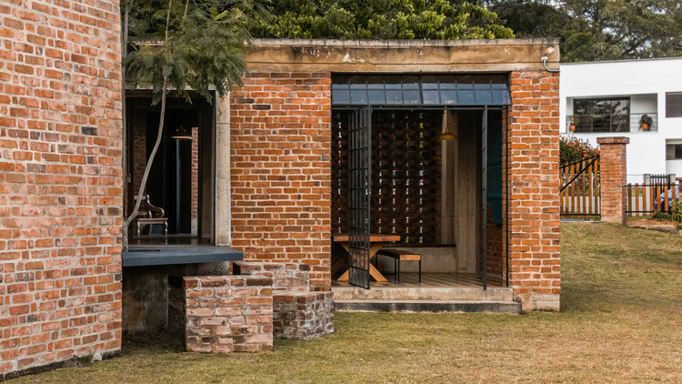11 Colombian Houses That Feature Exposed Brick Archdaily