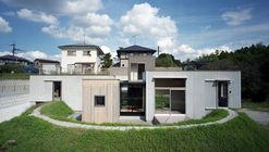 House in Higashi-Hiroshima / Fujiwaramuro Architects