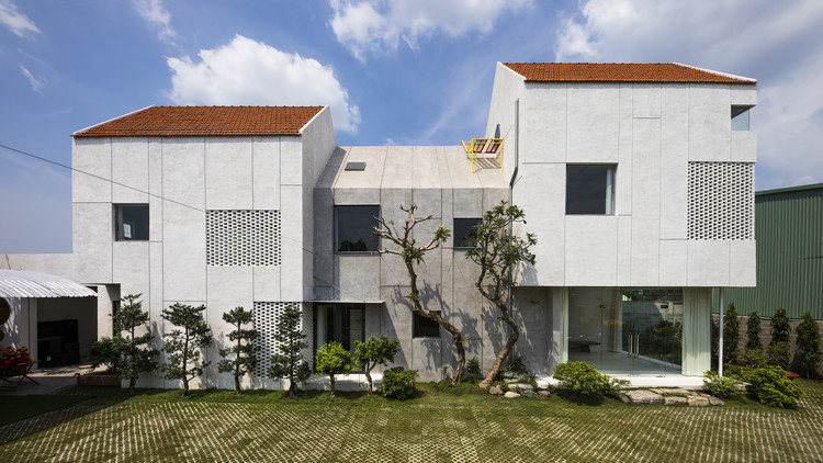 Villa T House / Time Architects, © Hiroyuki Oki