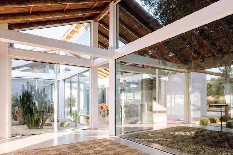Hopscotch House / Antonio Costa Lima Arquitectos, © Francisco Nogueira