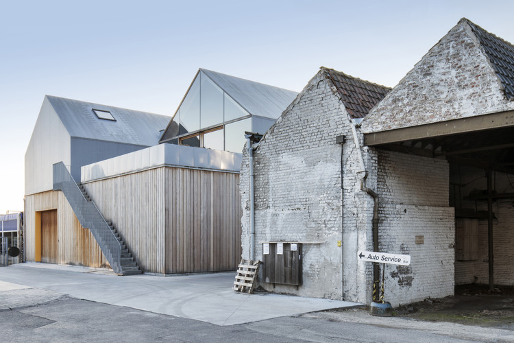 Factory Roof Houses Delmulle Delmulle Architecten Archdaily