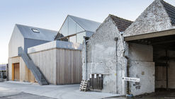 Factory Roof Houses / Delmulle Delmulle Architecten