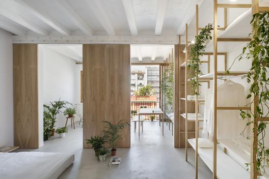 Lofts Sant Antoni / Roman Izquierdo Bouldstridge